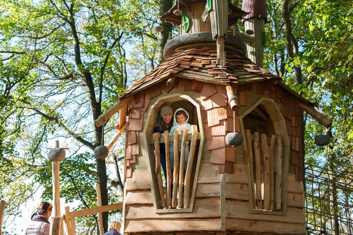 Places to hide and explore inside Tubmblestone Hollow at Stonor Park Oxford family days out for all ages